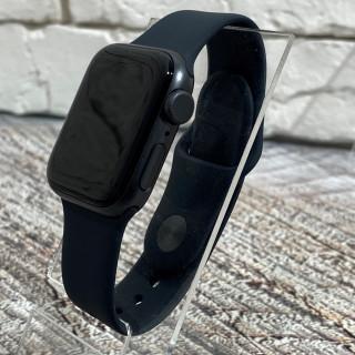 Apple Watch Series SE 40mm Space Gray б.у